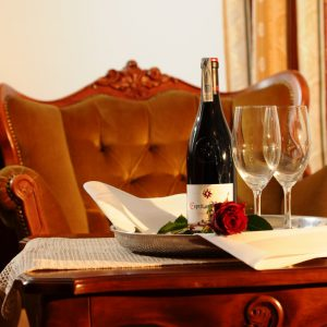 Hotel Folwark Stara Winiarnia lubimywhisky.pl